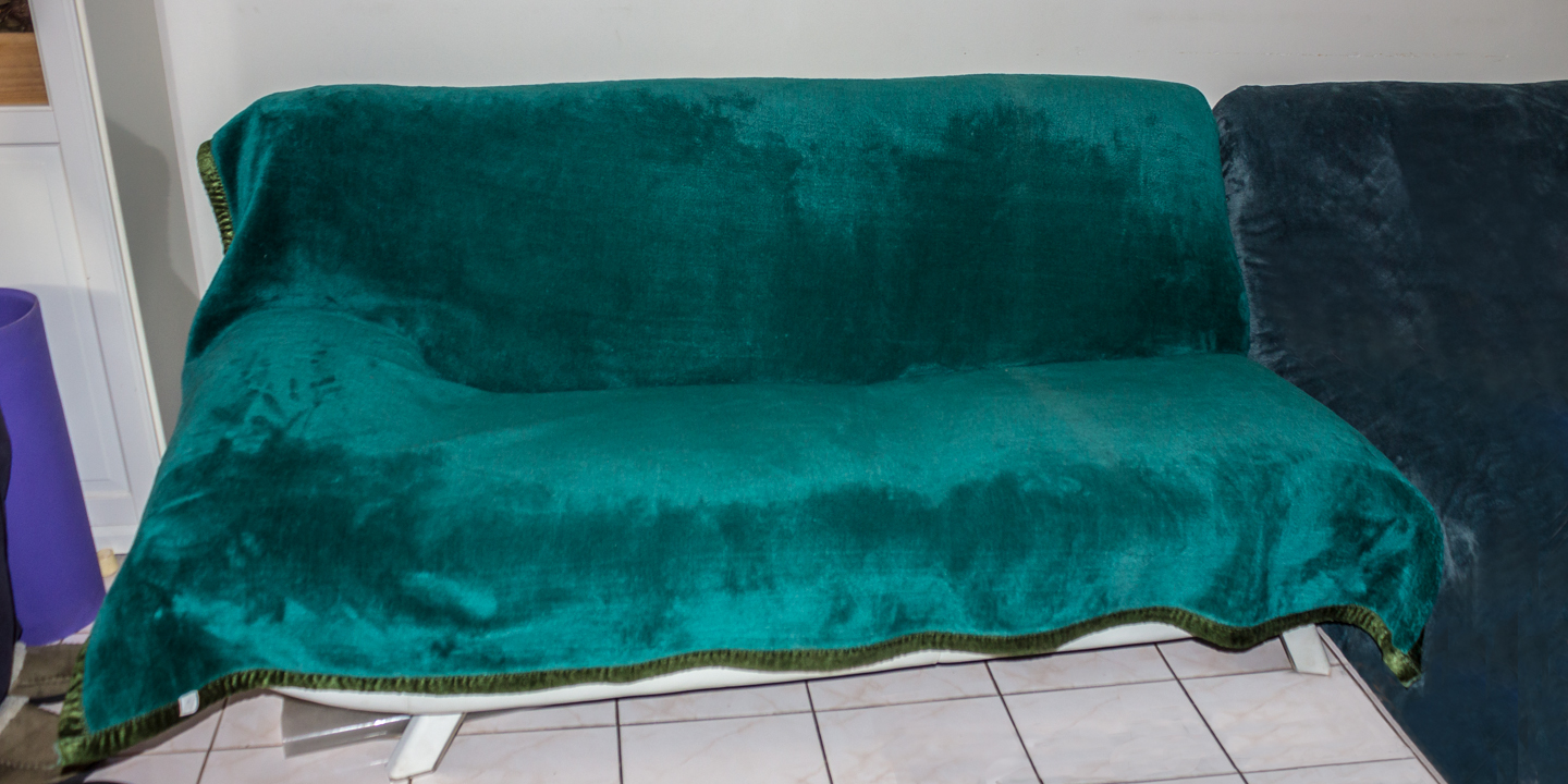 The final look of our sofa, as I type this at 9 pm, it is still holding :D